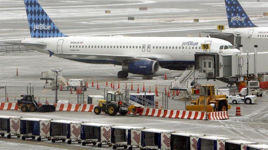 JetBlue anuncia los primeros vuelos regulares entre EE.UU. y Cuba desde 1963