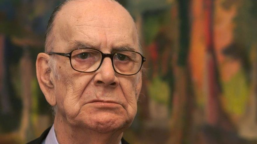 La Fundación Cela exhibe una muestra sobre el afán coleccionista del Nobel