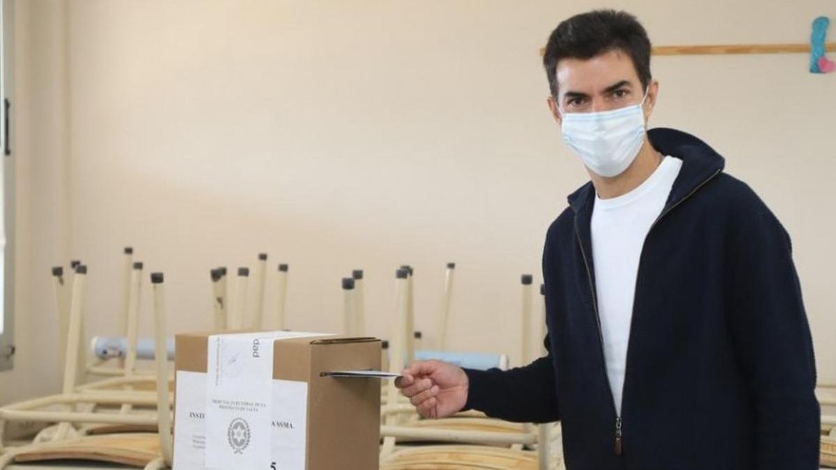 Juan Manuel Urtubey votando en las recientes elecciones salteñas