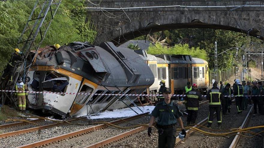 Tres muertos en el accidente de tren de O Porriño, uno de ellos el maquinista