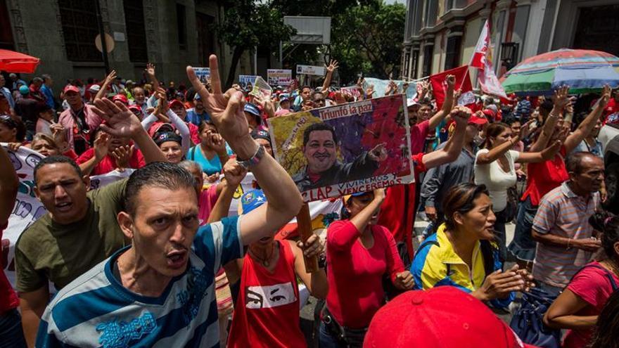 Chavistas rememoran el fallido golpe de Estado contra Chávez de abril de 2002