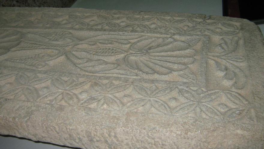 Pieza de época visigoda que se expone en el Ayuntamiento de Quero (Toledo)