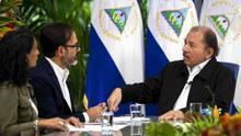"""Ortega descalifica a exsandinistas por """"hablar como demócratas de derecha"""""""