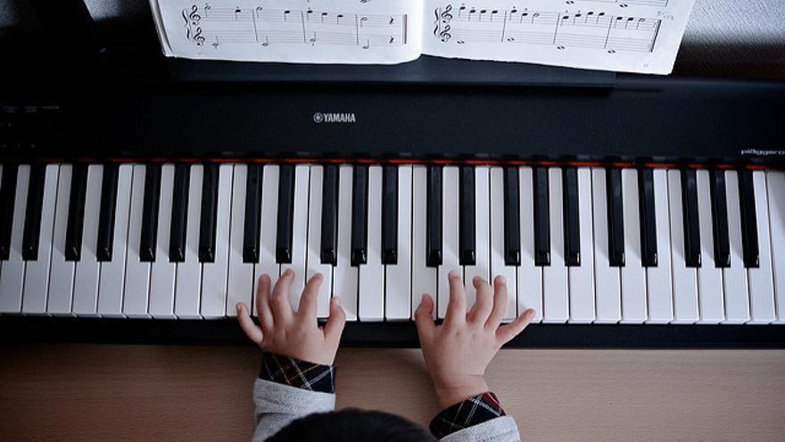 Desmantelando la educación musical/ Miki Yoshihito
