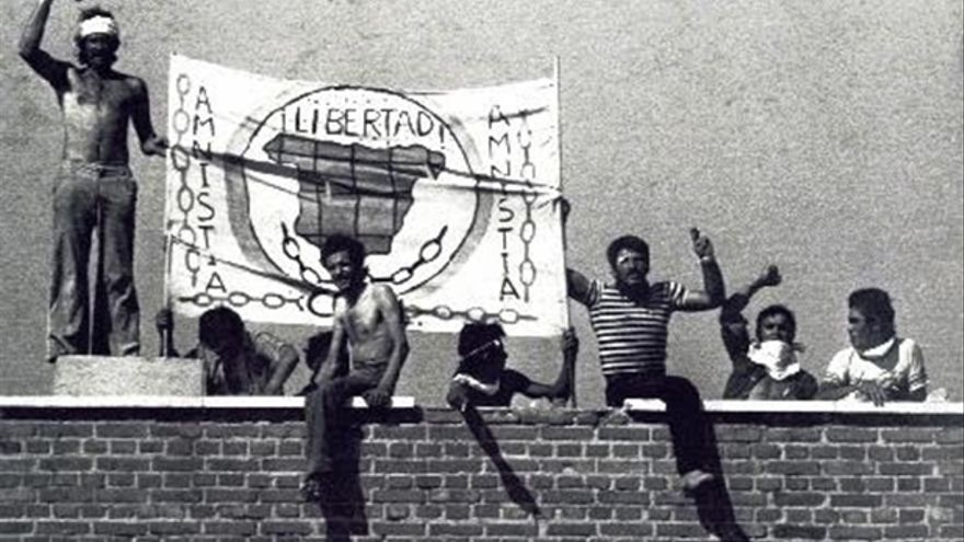 La cárcel de Carabanchel vivió el primer motín tras la muerte de Franco.   COPEL