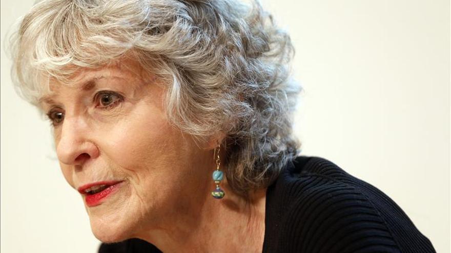 """Sue Grafton dice que le gusta escribir """"sobre lo que me asusta"""""""