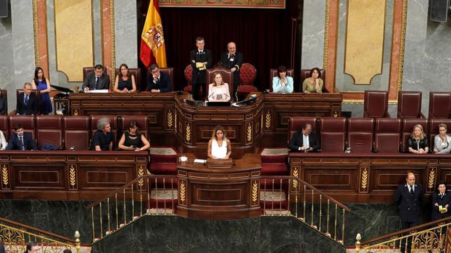 La Mesa del Congreso da hoy el primer paso de la moción de censura de Podemos