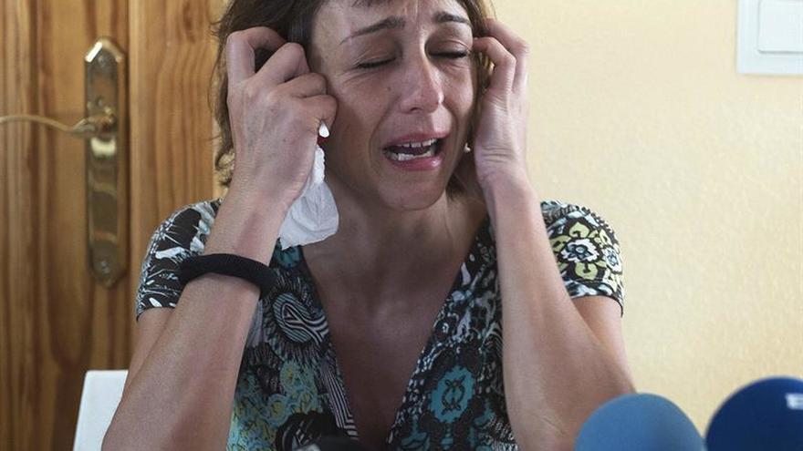 Una mujer se niega a entregar a sus hijos al padre, denunciado por maltrato