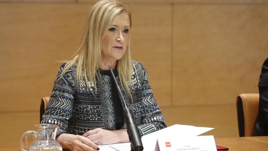 Cifuentes admite que en las asambleas generales de Caja Madrid no se miraban las cuentas