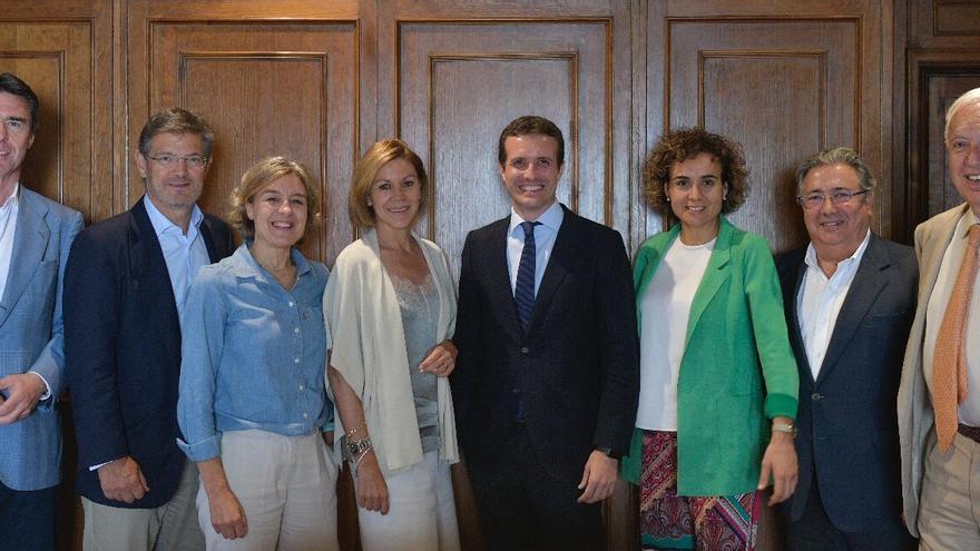 Pablo Casado y sus ex ministros