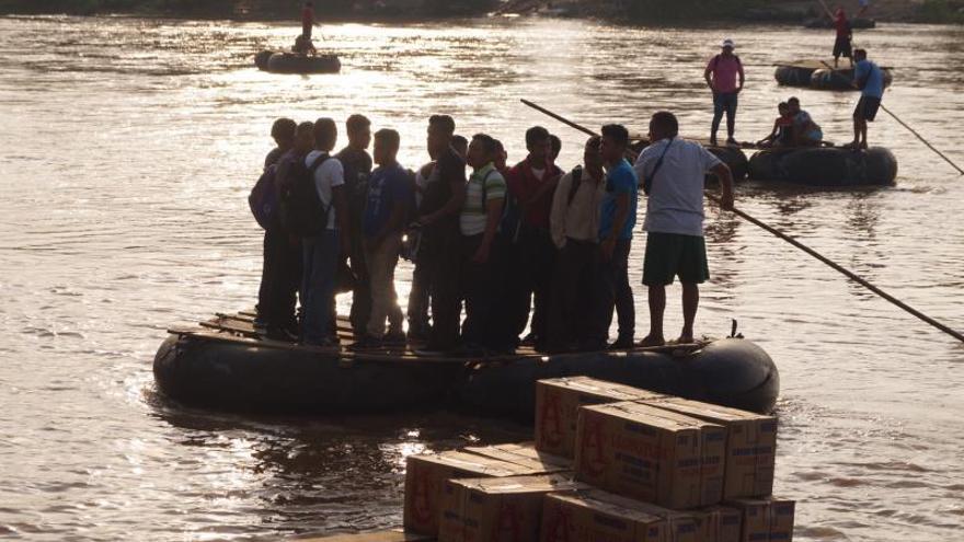 Cae flujo migratorio entre México y Guatemala por presencia militar