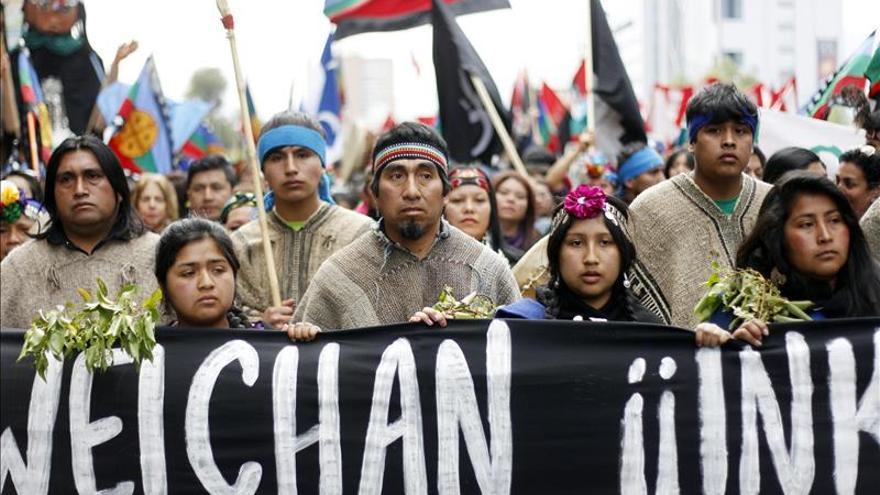 La marcha de mapuches en la capital chilena finalizó con incidentes. /EFE