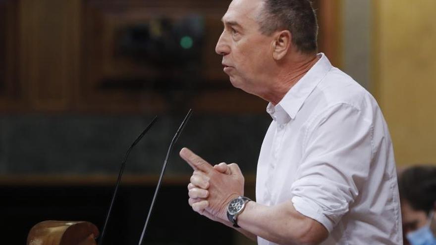 Baldoví acusa al Gobierno de haber faltado el respeto a los valencianos