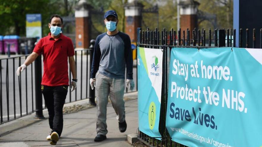 El Reino Unido supera los 10.000 muertos por COVID-19 tras sumar otros  737