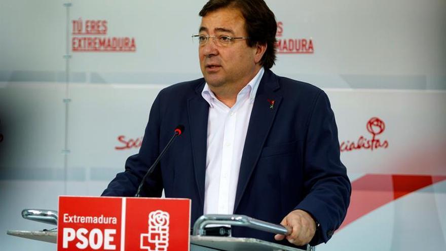 Fernández Vara afirma que en el PSOE no sobra absolutamente nadie