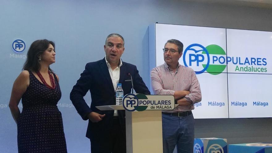"""PP-A: Díaz """"ha convocado congreso de emergencia para que nadie del 'sanchismo' tuviera tentación de moverle el sillón"""""""