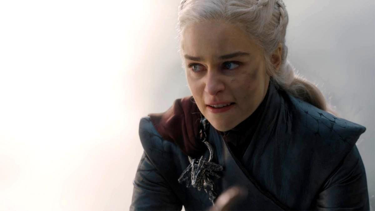 Emilia Clarke como Daenerys