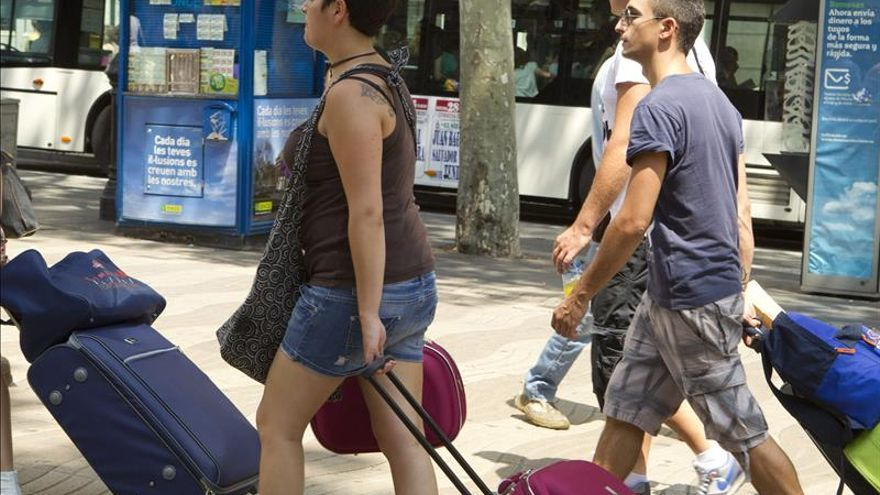 Las pernoctaciones hoteleras caen en julio pero crecen en el conjunto del año