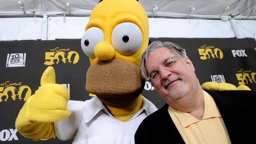 Homer y Matt Groening, en la celebración del episodio 500. Ahora la serie va por el 700
