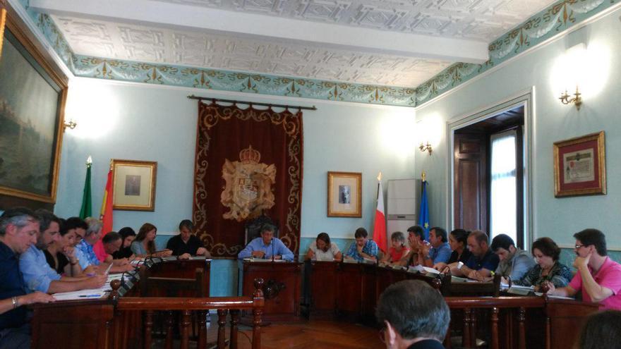 Un Pleno en el Ayuntamiento de Castro Urdiales
