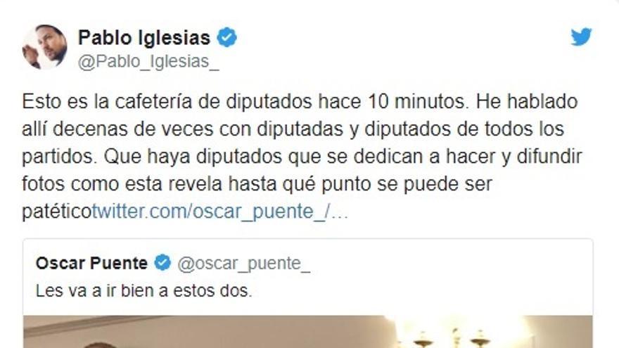 Iglesias y Rivera se toman un café juntos en la cafetería del Hemiciclo del Congreso tras sus reuniones con el Rey