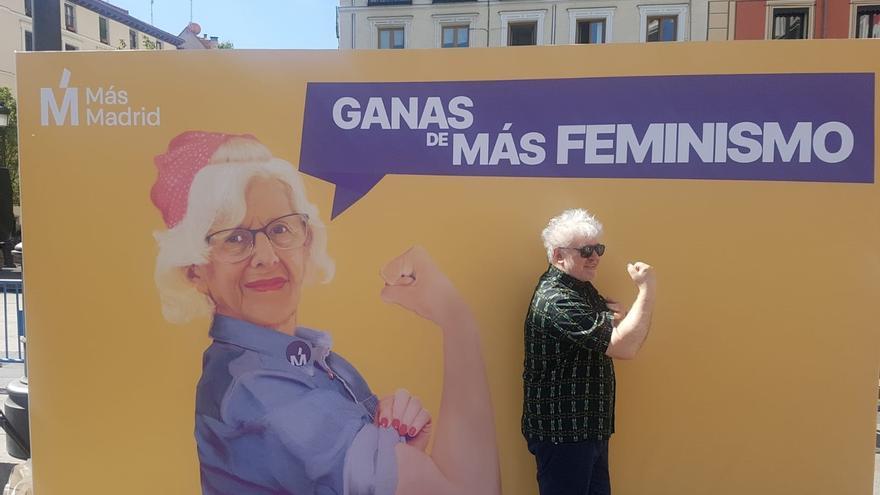 """Almodóvar apoya a Carmena por """"honesta"""" y por demostrar que se puede hacer buena gestión """"si no se mete la mano"""""""
