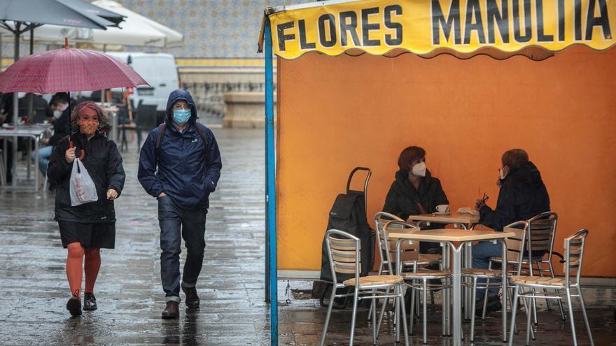 Mañana, chubascos fuertes en Pirineos, sur sistema Ibérico y litoral Cataluña