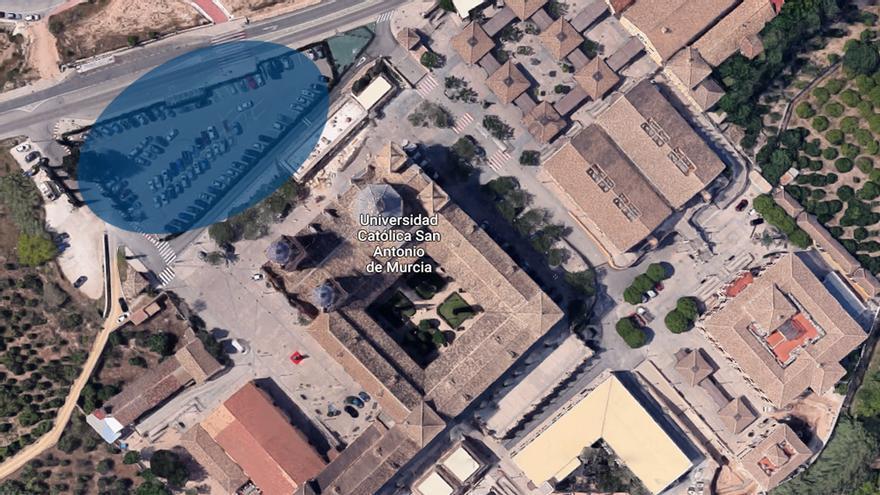 Vista aérea del campus de Los Jerónimos de la Universidad Católica San Antonio de Murcia (UCAM). En azul, la propuesta de ampliación solicitada por la Fundación San Antonio al Ayuntamiento de Murcia.