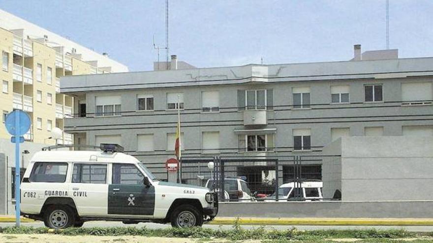 Cuartel de la Guardia Civil de Torrevieja en una imagen de archivo.