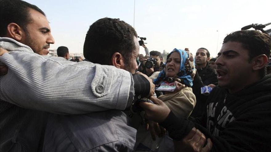 Tres años de cárcel para 87 miembros de los Hermanos Musulmanes en Egipto