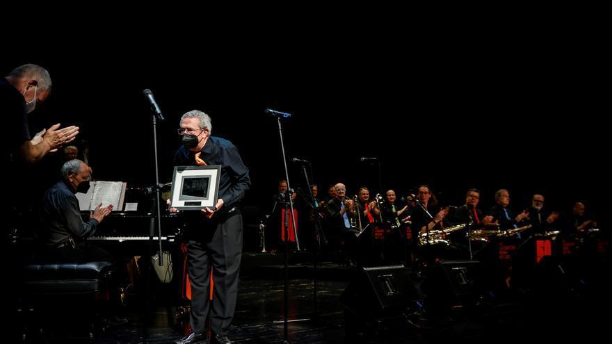 Último premio para la big band La Locomotora Negra en su gira de despedida