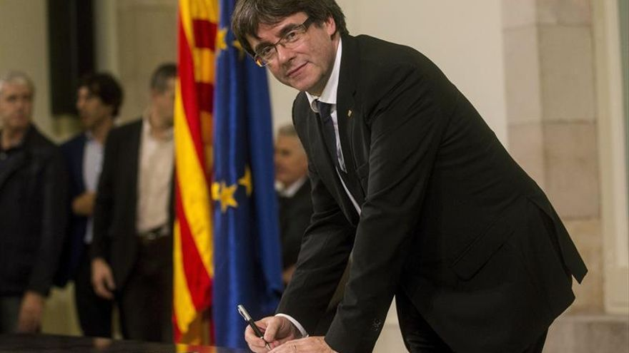 La crisis catalana dispara las consultas jurídicas y paraliza las inversiones