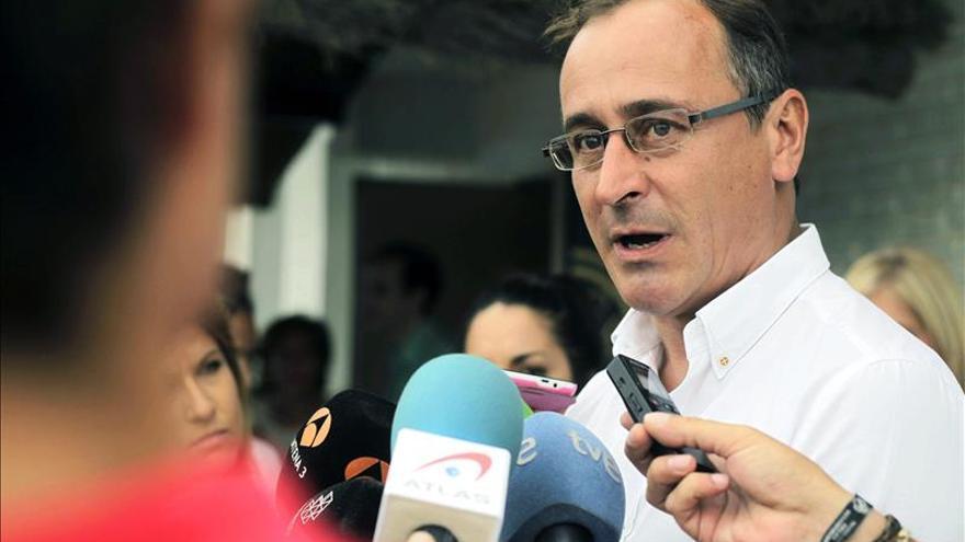 Sanidad propone un registro para que los irregulares tengan un documento sanitario