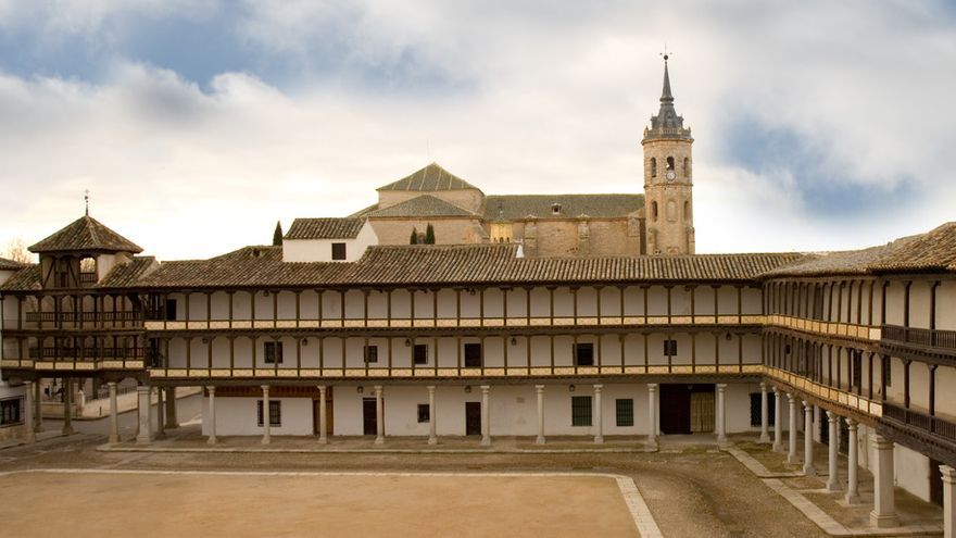 Plaza Mayor de Tembleque (Toledo)