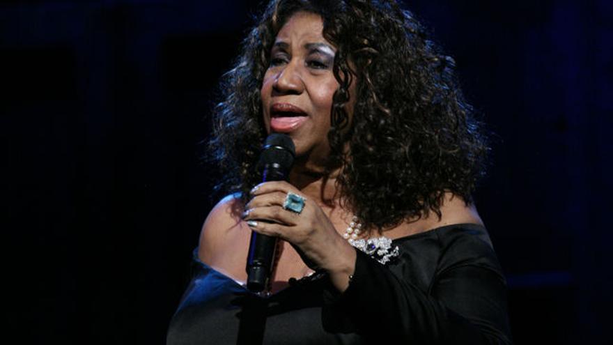 La cantante Aretha Franklin en el programa de Jimmy Fallon el 29 de abril de 2011