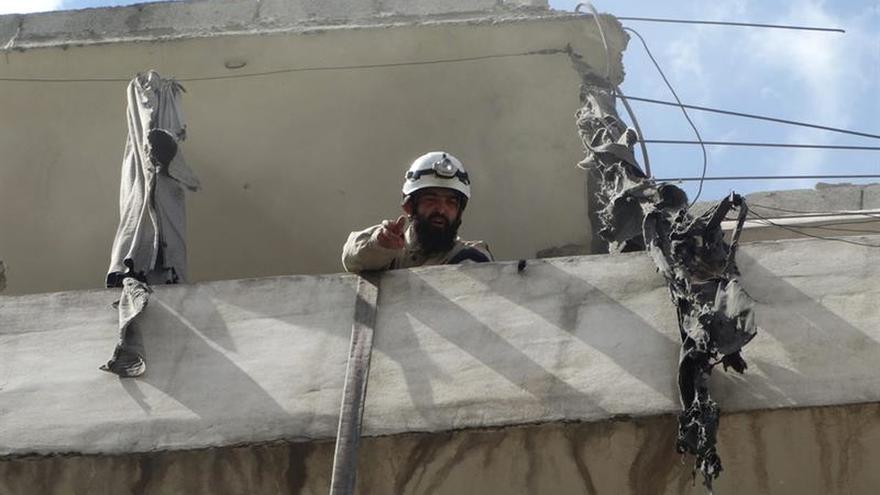 40 camiones con alimentos entran en zonas de Alepo controladas por el régimen