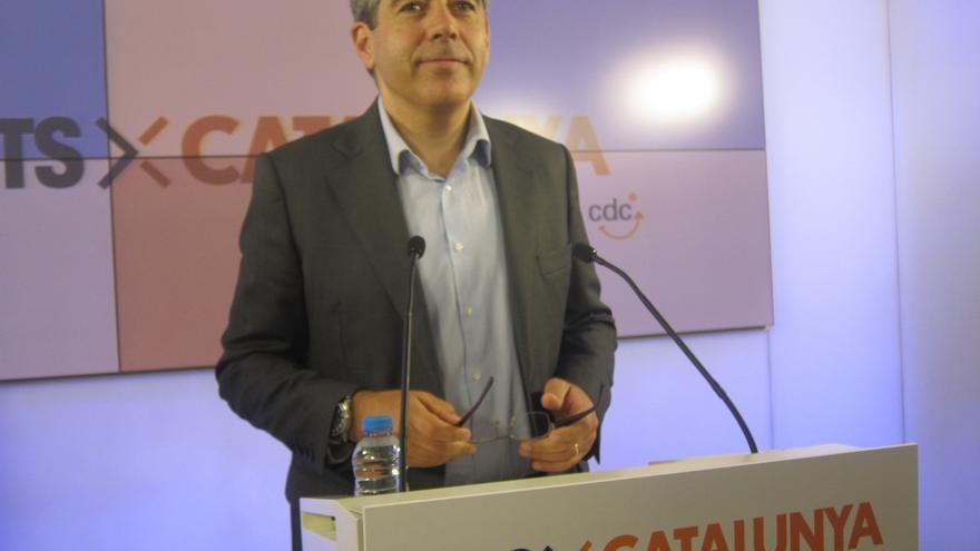 Homs (CDC) fija sacar al PP del Gobierno y el referéndum para negociar una investidura