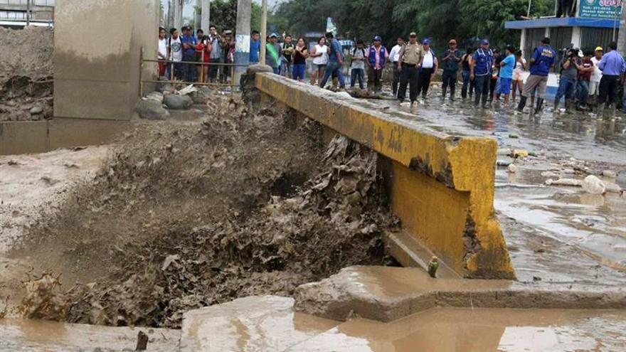 Sube a 62 la cifra de muertos por inundaciones y lluvias en Perú
