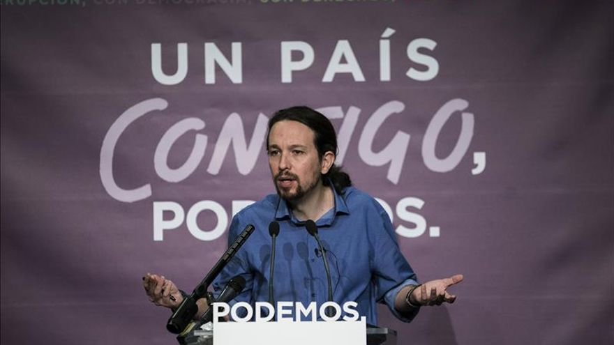 Iglesias contacta con Rajoy, Sánchez y Rivera para abordar escenario político