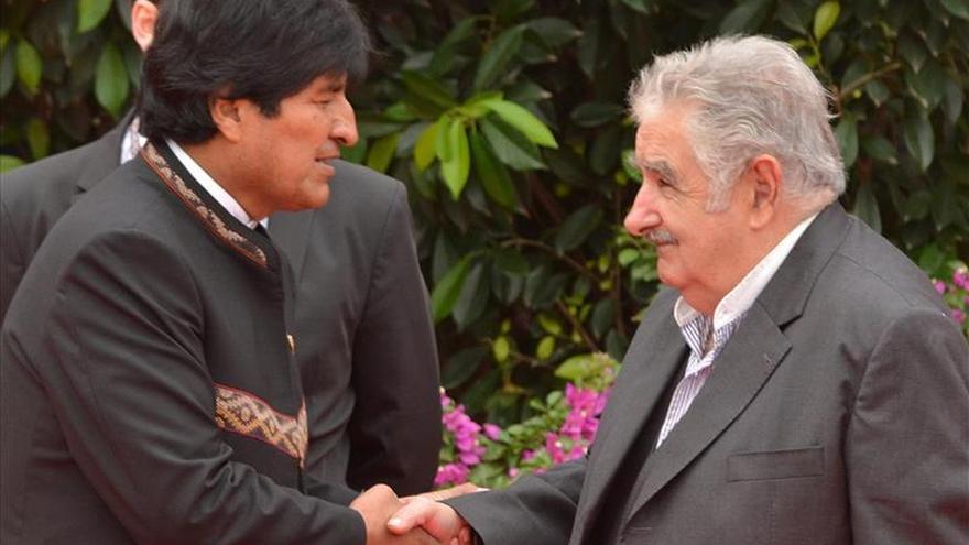 Morales se reúne mañana con Mujica en una apretada agenda durante su visita a Uruguay
