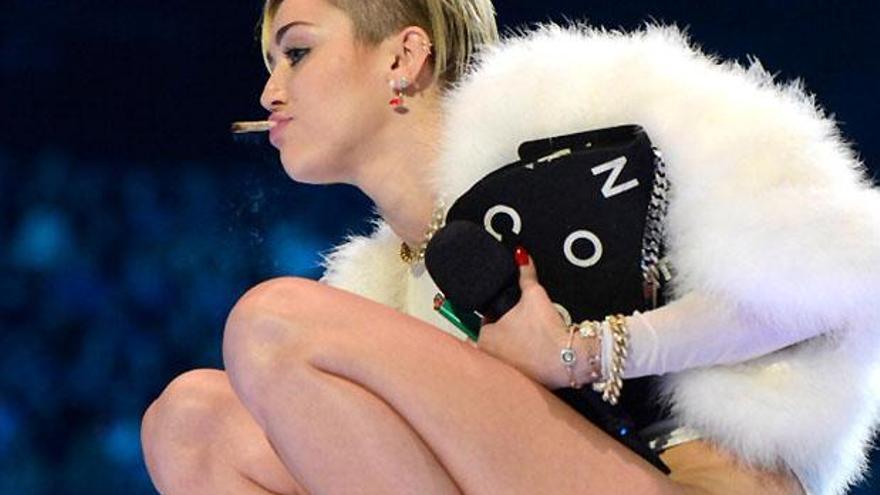 Miley Cyrus en los MTV EMA