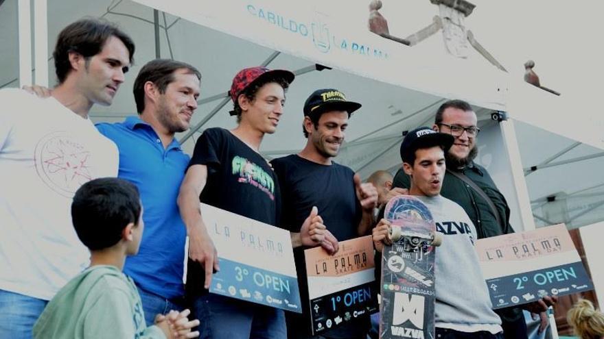 En la imagen, los ganadores de la prueba, en la entrega de premios.