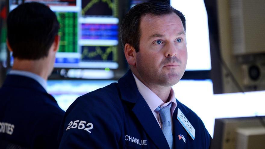 Wall Street avanza el 0,23 por ciento hacia la media sesión
