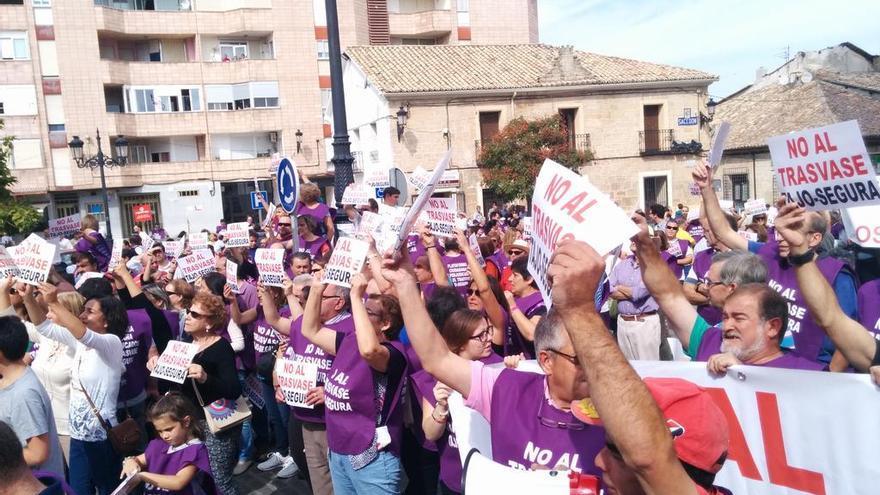 Manifestación por el Tajo en Sacedón | Ayuntamiento de Sacedón