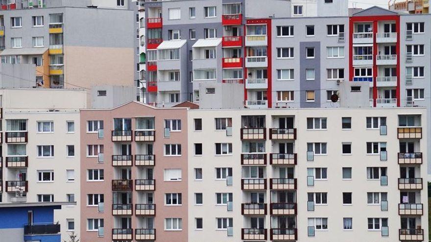 El Gobierno autonómico se hace con 323 viviendas protegidas por 31 millones de euros