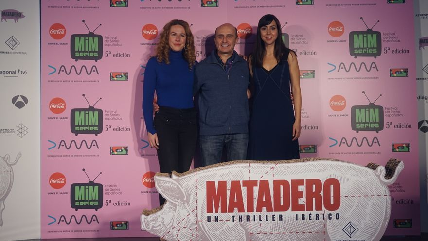 Lucía Quintana, Pepe Viyuela y Carmen Ruíz de 'Matadero'