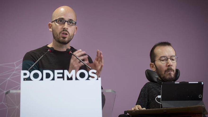 Podemos intenta sumar al PSOE a mayoría alternativa para tumbar presupuestos