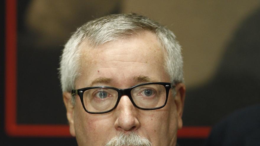 CC.OO traslada a IU su propuesta de blindar los derechos laborales en la Constitución