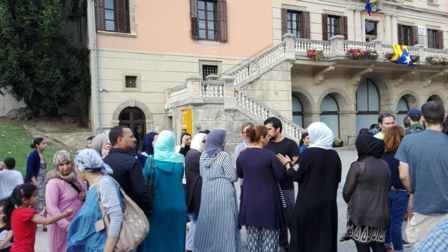 Familiares y allegados de los presuntos terroristas se reúnen en Ripoll