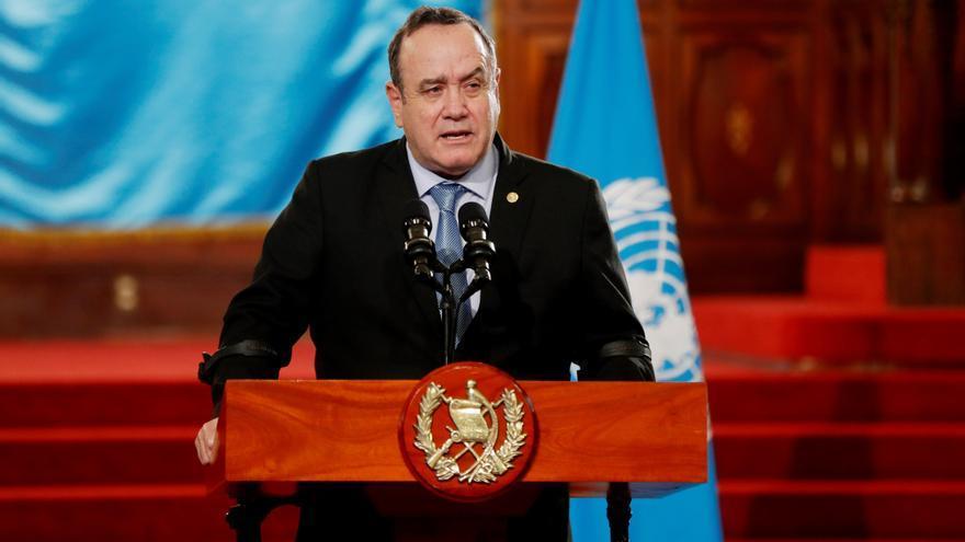 El presidente de Guatemala viajará a Colombia para una reunión oficial con Duque